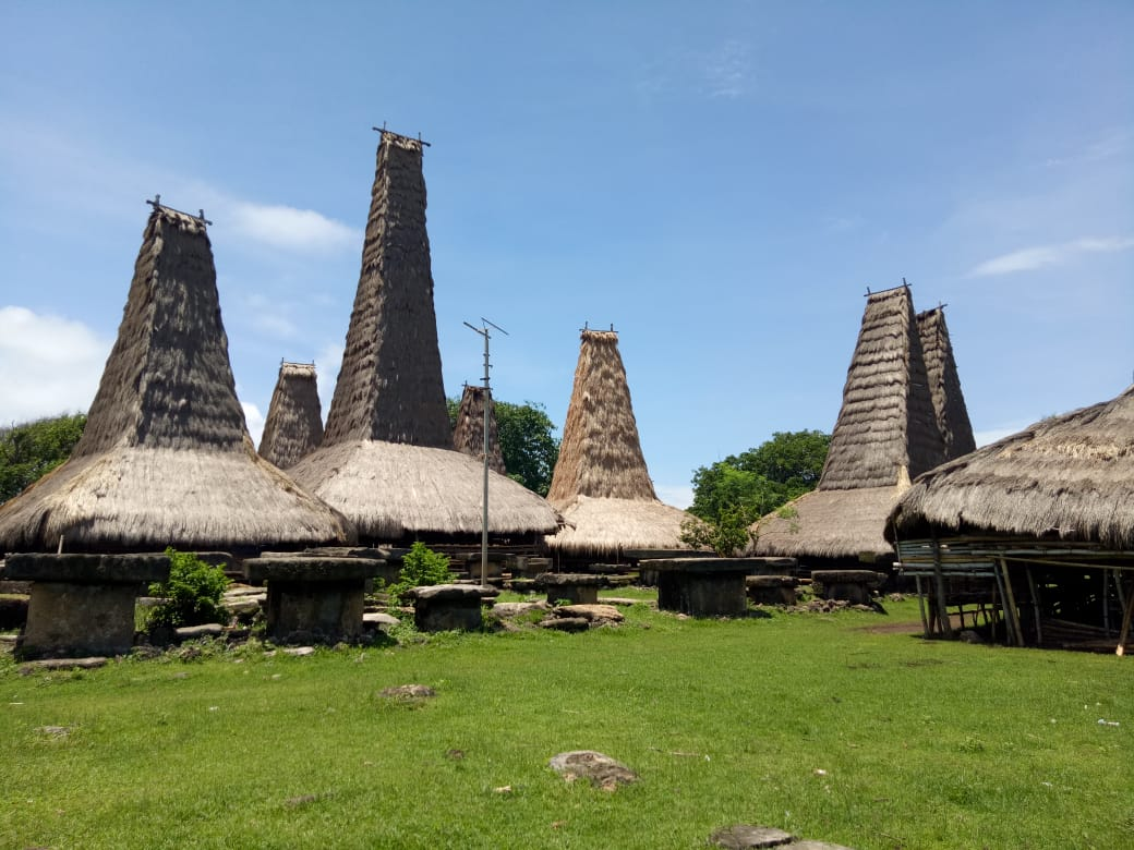 Paket Tour Sumba 5D4N